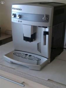 kaffeemaschine-delonghi-magnificavollautomat-1828537412
