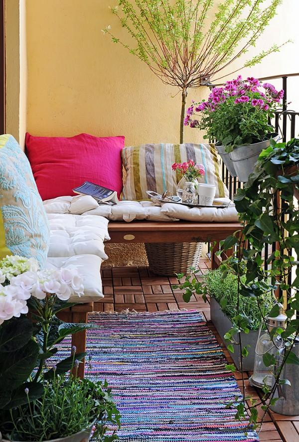 Balkon mit Teppich