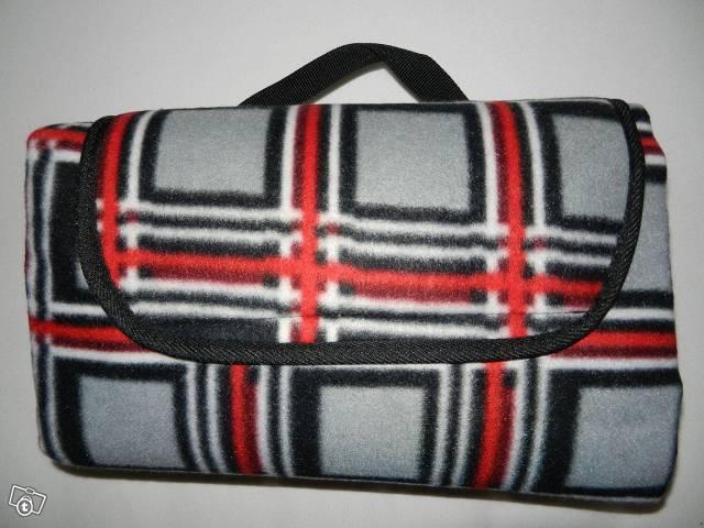 isoliermatte-fuer-camping-und-picknick-2463440057
