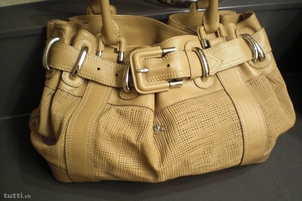 burberry-handtasche-beige-8101171789