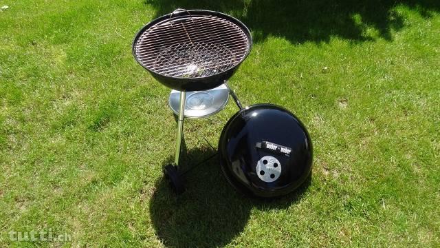 grill-a-carbonella-weber-2692079213